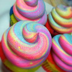 Vanilla Almond Rainbow Cupcakes ♥
