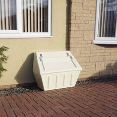 Wybone designs and manufactures street furniture including litter bins, recycling bins, grit bins and clinical waste bins. Street Furniture, Old Furniture, Cheap Furniture, Discount Furniture, Outdoor Furniture, Outdoor Decor, Recycling Bins, Color Splash, Repurposed