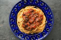 Simply Recipes Pasta Puttanesca, simple, fresh, and makes me think of Series of Unfortunate Events. Simply Recipes, Great Recipes, Favorite Recipes, Interesting Recipes, Pasta Recipes, Cooking Recipes, Healthy Recipes, Capers Recipes, Drink Recipes