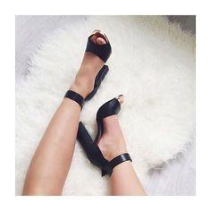Friday Feet #GetGlamorous