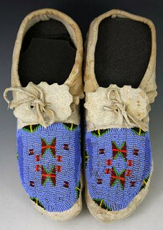 Moccasins - Sioux Pair of Beaded Moccasins