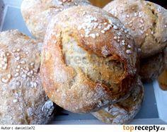 Křupavé dalamánky za kačku Slovak Recipes, Czech Recipes, Home Recipes, Cooking Recipes, Bread And Pastries, Breakfast Bake, Ciabatta, Bread Rolls, Bread Baking