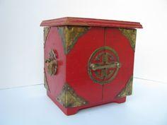 Vintage Red Oriental Coaster Set by LulusSecrets on Etsy, $15.00