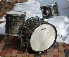 I have this kit and will love it until I die.  #Ludwig Vintage #Drum kit Oyster Black Pearl.  #Vintagedrums