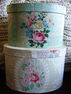 IDEA----Vintage hatboxes