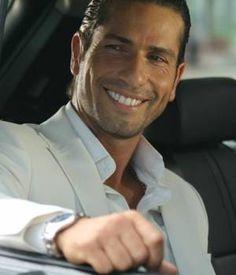 Gregorio Pernía plays evil in every novela in a very sexy way! Tv Actors, Actors & Actresses, Beautiful Boys, Beautiful People, Latino Men, Attractive Men, Good Looking Men, Haircuts For Men, Man Crush