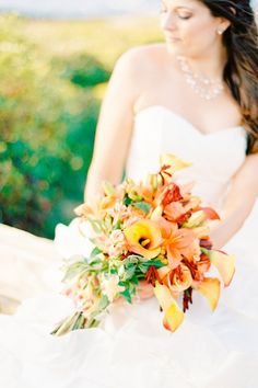 Autumn inspired wedding bouquet, Beavertail Lighthouse, Mandy Mayberry Photography