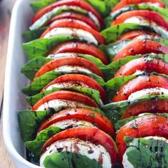 Best Comfort Foods Light and easy capre Food & Drink Healthy Snacks Nutrition Cocktail Recipes Light and easy caprese appetizer or salad loaded with tomatoes fresh mozzarella basil and balsamic reduction Vegetarian Recipes, Cooking Recipes, Healthy Recipes, Fish Recipes, Recipies, Jalapeno Recipes, Basil Recipes, Cucumber Recipes, Keto Recipes