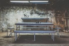 Canada Furniture, no prices