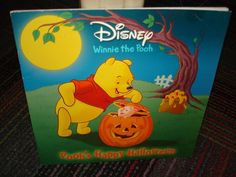 DISNEY WINNIE THE POOH: POOH'S HAPPY HALLOWEEN, A YOUNG READER, SC READ