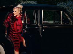 Britney Spears and her Slumber Party Video - Site de lebazarchocolatchaud !