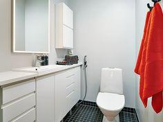 Sade kylpyhuone valkoinen 3 iso