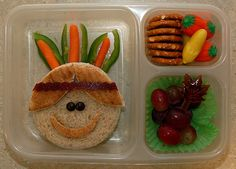 this site had so many cute lunch ideas, that I NOW will be starting for little man ;)