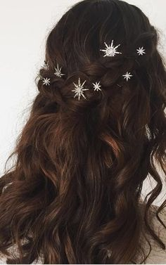 Aurora Set Of 2 Crystal Star Bobby Pins | Crown and Glory | SilkFred