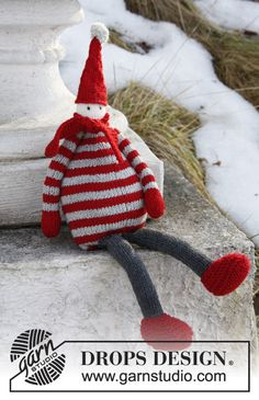 Gebreide DROPS Kerstman van Baby Merino.  Gratis patronen van DROPS Design.