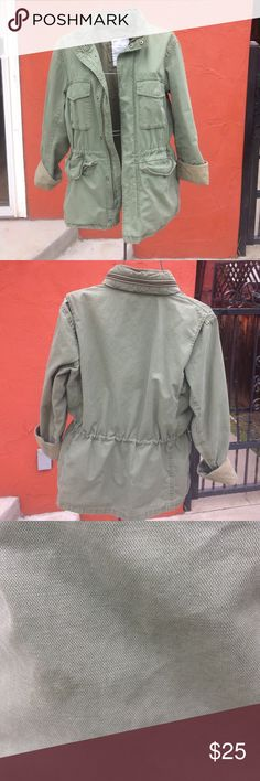 Gap army utility jacket unisex sml/med Used Gap jacket is a small men's but fits a women's medium. In good condition. Look at two pictures for flaws. Nice look with some distressed jeans and sexy boots. Sales are final. Please ask questions. GAP Jackets & Coats Utility Jackets