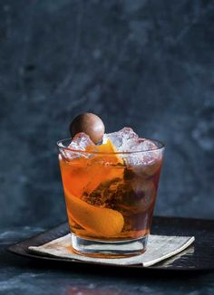 Ron de replay - Produced entirely in Guatemala, Ron Zacapa is a product of the country's rich soil, climate, and master blender Lorena Vásquez's hands-on approach. This cocktail recipe is taken from Bounce in Holborn.