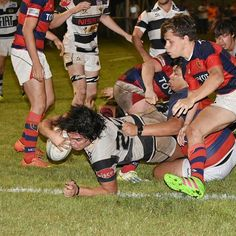 Un extra para esta semana super cargada de rugby! Recien sacada del horno! M19: Tala B -16- vs Tablada B -13- Tala A -15- vs Tablada A -22- #try #rugby #rugby🏈 #cordobarugby