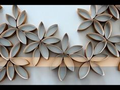 flower wall art using toilet paper rolls.