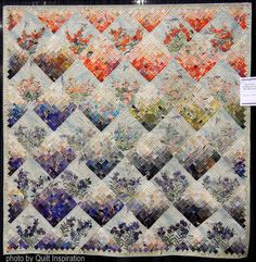 "Dianthus - In Memory of my Mother, ~77 x 77"",by Sachiko Yoshida. Photo by Quilt Inspiration."