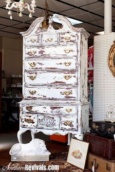 Southern Revivals: Updating a Vintage Highboy A Shabby Chic Revival. LOVE the use of milk paint here!!!