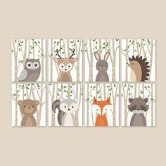 Baby-Reh-Kinderzimmer-Dekor, Wald Tier Drucke für Kindergarten, Geschlecht Neutral Baby Fawn Kunstdruck, Reh Illustration Poster, Hirsch-Wand-Dekor Dieser Hirsch-Wand-Kunst verfügt über die schönsten Wald-Tier-Darstellung auf einem beige Birke Baum Hintergrund und grünen Blättern. Der