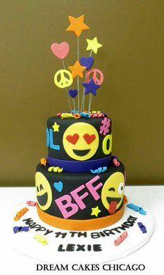 Cake Chicago, Birthday Cake With Photo, Cake Birthday, 10th Birthday, Emoji Cake, Pecan Cake, Bowl Cake, Dream Cake, Savoury Cake