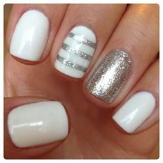 25 Easy Nail Art Designs (Tutorials) for Beginners - 2019 Update Fancy Nails, Love Nails, Trendy Nails, My Nails, Shellac Nails, Sparkle Nails, Gold Sparkle, Nail Polish, Striped Nails