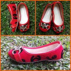 sepatu anak channel  import hongkong  Type 328-265-512  ukuran 24 - 34 Harga Rp. 215.000