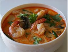 Tom Yam Soup (Spicy Thai Soup) Thai food blog!!!! Lots of recipes!
