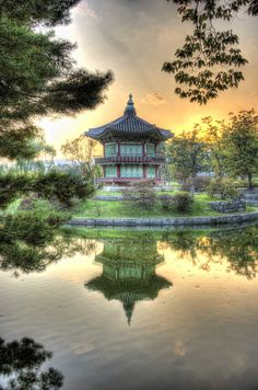 Good Night Little Temple! (HDR) ~ Gyeongbokgung palace in the heart of Seoul in Korea