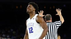 Justise Winslow celebrates birthday, homecoming by leading Duke to win
