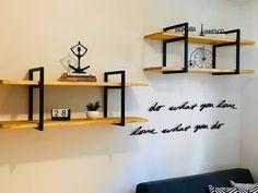 Diy Wood Shelves, Hanging Shelves, Wall Shelves, Metal Furniture, Diy Furniture, Furniture Design, Diy Bedroom Decor, Wall Decor, Home Decor