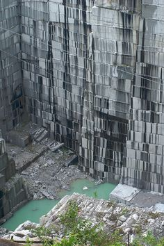 The Rock of Ages Quarry in Barre | 34 Reasons Vermont Is The Most Beautiful Place In The World