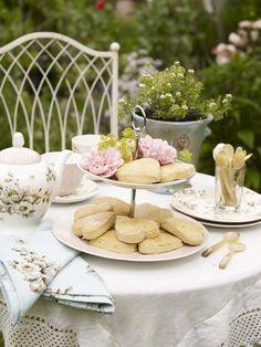 Spring tea in the garden