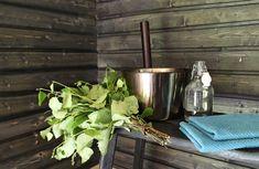 Rentoutunut mieli on vain yksi saunomisen monista terveysvaikutuksista. Kannattaa hankkiutua lauteille!