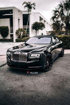 Best Car Accessories Aliexpress (click in photo) watch now! Old Rolls Royce, Rolls Royce Logo, Rolls Royce Suv, Rolls Royce Limousine, Rolls Royce Dawn, Bentley Rolls Royce, Vintage Rolls Royce, Rolls Royce Motor Cars, Rolls Royce Ghost Black