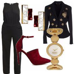 Ecco un outfit composto da tre colori che si sposano perfettamente tra di loro e sono perfetti per un look di festa: il nero, il dorato e il burgundy!
