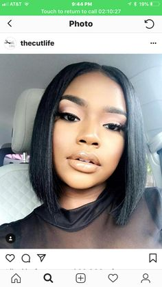 Modern Bob Hairstyles For Women, looking for neat looks is far more important than just a pretty face or the latest 2019 haircut! We can not all pretend to be beautiful, but to present ourselves well by good care can… Continue Reading → Weave Hairstyles, Cute Hairstyles, Blonde Hairstyles, Hairstyle Ideas, Curly Hair Styles, Natural Hair Styles, Girls Braids, Girl Short Hair, Wigs For Black Women