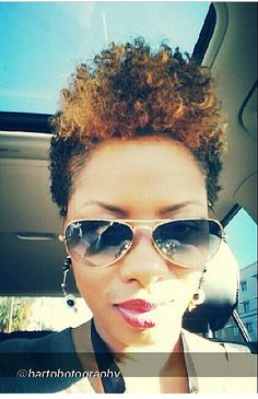 6 Inspiring Transitioning Natural Hair Journey Tips From Glamorous Twins. Twa Hairstyles, Cute Hairstyles For Short Hair, Short Hair Cuts, Curly Hair Styles, Natural Hair Styles, Ladies Hairstyles, Tapered Natural Hair, Be Natural, Natural Curls