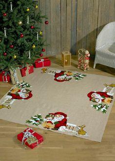 Julgransmatta Mys vid elden 1st Christmas, Xmas, Jute, Christen, Embroidery Designs, Cross Stitch, Santa, Holiday Decor, Home Decor