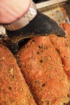 Lachsschinken selbermachen - Anleitung zum pökeln, räuchern und abhängen.