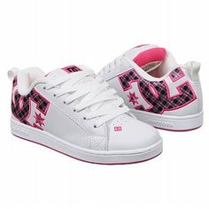 wearing these kinda shoes back then was my thing, dont get me wrong these shoes are still cool but imma lady now, wont see me wearing these kinda shoes anymore lol