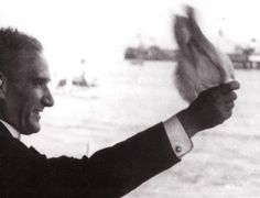 "O En Zor Günlerinde Bile ""Milletim,"" Dedi… – MustafaKemâlim Turkish Army, The Turk, Great Leaders, Historical Pictures, Special People, The Republic, Best Teacher, Go Kart, Istanbul"