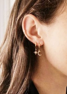 Dainty Star and Moon earrings Starburst Small Huggies Celestial jewelry Tiny gold star earrings Half moon dangle hoops Bridesmaids gift - La meilleure image selon vos envies sur crystal earrings Vous cherchez une image qui va vous permet - Gold Star Earrings, Dangly Earrings, Moon Earrings, Cute Earrings, Small Gold Hoop Earrings, Double Earrings, Ear Jewelry, Cute Jewelry, Jewelery