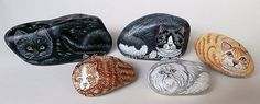 Painting Rock Stone Animals, Nativity Sets More: There's More Than One Way to Paint a Cat Rock Painted Rocks Craft, Hand Painted Rocks, More Than One, Rock Crafts, Halloween Cat, Cat Face, Christmas Cats, Chinese Art, Rock Art