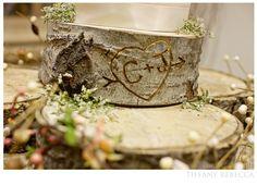Tree stump cake plate