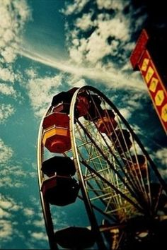 Vintage Ferris Wheel Tumblr | Sponsored By: Theresia Una Tabriiz Category: General