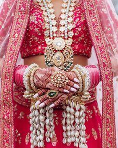 Bridal Poses, Bridal Portraits, Bridal Shoot, Bridal Bangles, Bridal Jewelry, Wedding Looks, Wedding Day, Wedding Bells, Dream Wedding