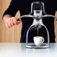 Un espresso hecho a mano, literalmente